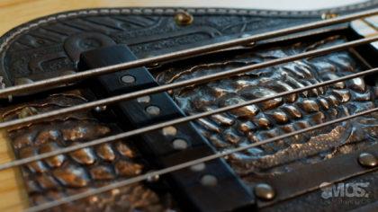 Pickgurad Fender jazz bass cuir et bronze 02