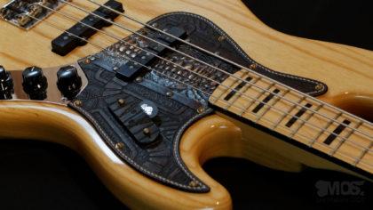 Pickgurad Fender jazz bass cuir et bronze 01